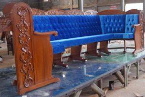 מושבים לבתי הכנסת